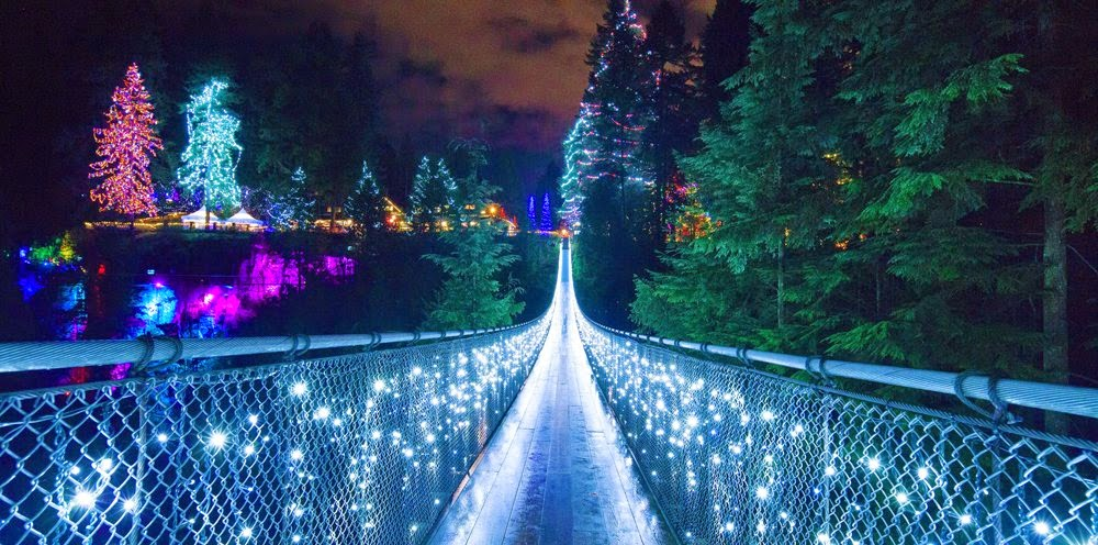 Capilano Suspension Bridge in Christmas