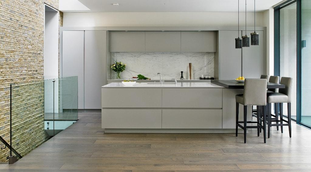 Kitchen Glass Corner Decor
