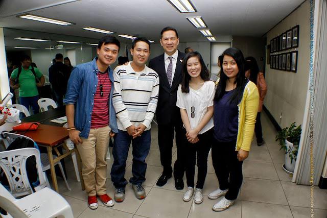 Philippine Ambassador to Korea Raul Hernandez is the Ambassador of the Year 2016 in Korea