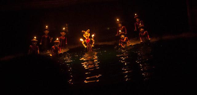 Teatro de Marionetas en el agua