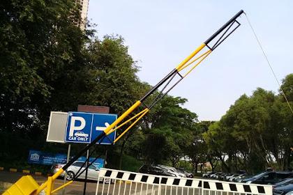 Portal Besi pesanan PT Sky Parking Utama untuk Rumah Sakit Siloam dan Universitas Pelita Harapan Karawaci Tangerang