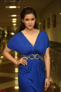 Mannara Chopra in Short Blue Dress at Rogue Movie Teaser Launch 1st March 2017 052.JPG