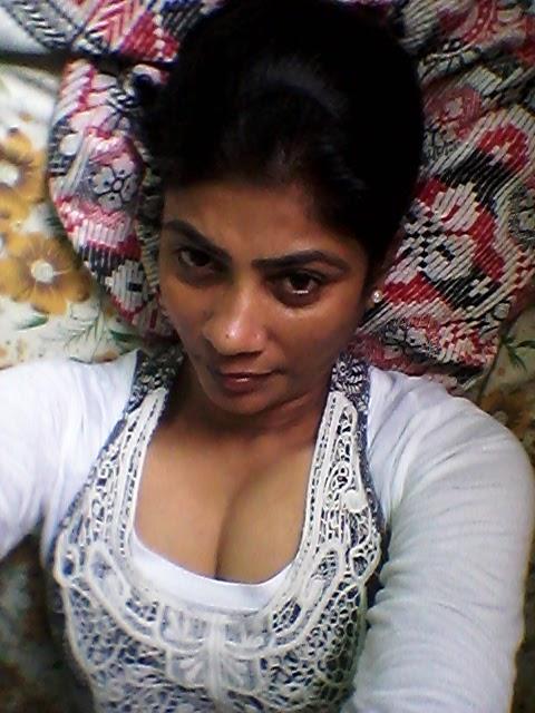 Rekha Sharma Hot