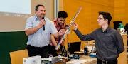 Különleges mérőeszközökkel díjazta a tudást az NI Debrecenben