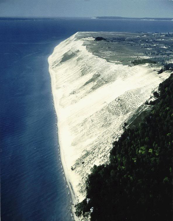michigan places visit interesting bear sleeping travels tourisum dune marina