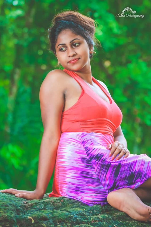 Sri Lankan Girls Beauty