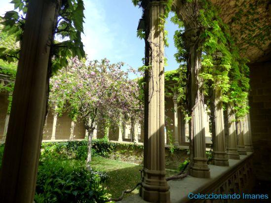 Claustro jardin Palacio de Olite - Castillo de Olite -