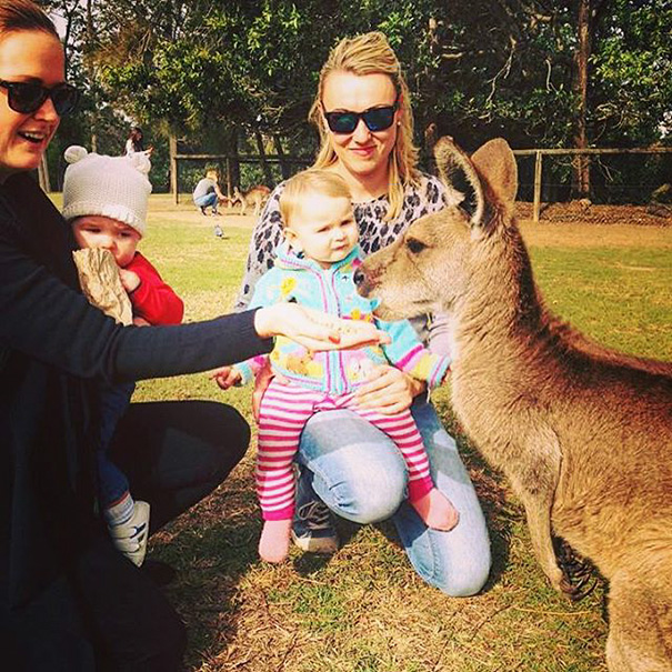 """""""People say having a child ruins travelling, but it really doesn't"""" - 1-Year-Old Has Been Travelling Around The World Since She Was Born"""