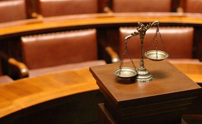 كيف تتعامل كموكل محترف مع محاميك؟