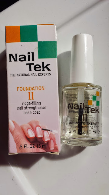 Nail Treatment - Nail Tek Foundation II - www.modenmakeup.com