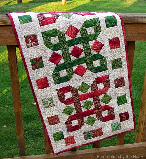 Tis the Season Table Runner Free Quilt Pattern