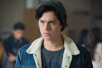 Cole Sprouse in Riverdale Season 2 (9)