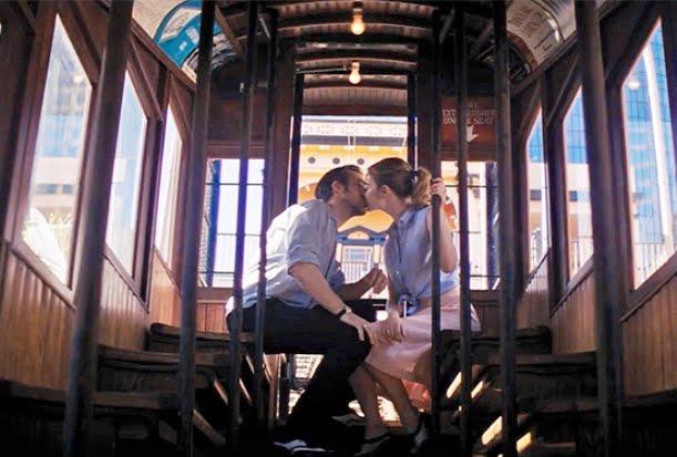 La La Land, Emma Stone, Ryan Gosling, Kiss, Bus