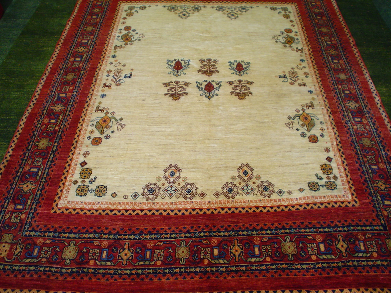 Undercoverruglover What Is A Persian Rug What Is An