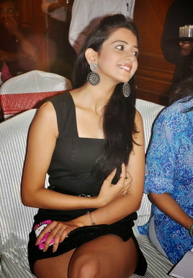 Rakul-Preet-Singh-Hot-wallpapers (5)