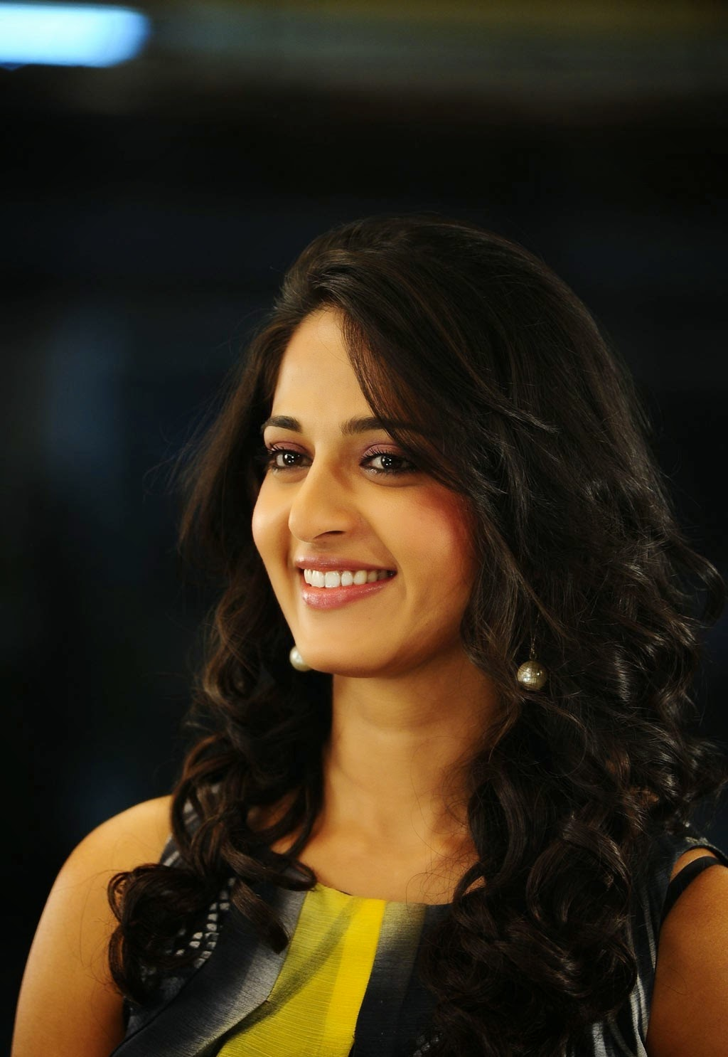 Anushka Shetty Hd Wallpaper, Pictures,Gallery  Total Hq -4825