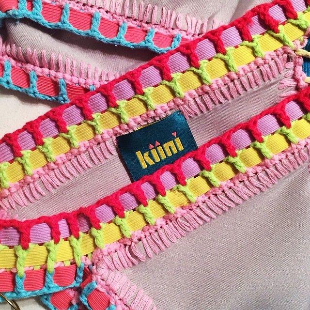 biquini, bikini Kiini de crochê visto de perto