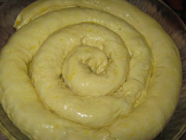 Пирог улитка из дрожжевого теста