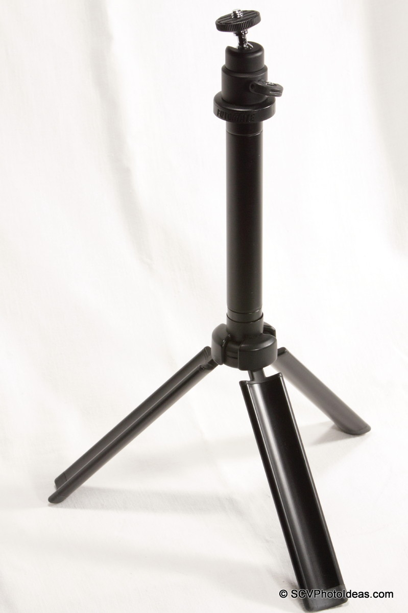 Fotomate V-Pod-S Table Top Tripod unfolded