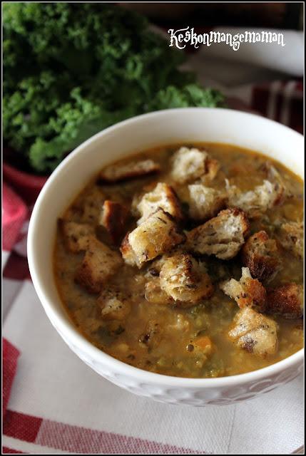 keskonmangemaman soupe au riz de chou fleur au curry et kale. Black Bedroom Furniture Sets. Home Design Ideas