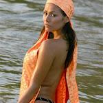Renata Gonzalez Fotos Vestida De Color Naranja Foto 6
