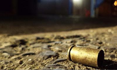 Jovem de 22 anos é morto a tiros na Praça Kennedy, em Alagoinhas
