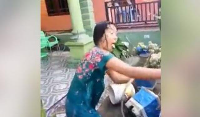 Tak Patut Dicontoh, Wanita ini Diserbu Kumpulan Emak-emak Karena Menilep Uang Arisan