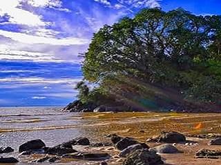 Wisata Pantai Putri Serayi Jawai Kalimantan Barat