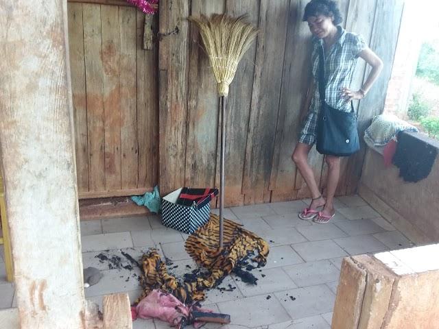 Moradora da Rua Guaporé disse que tentaram colocar fogo na Casa dela