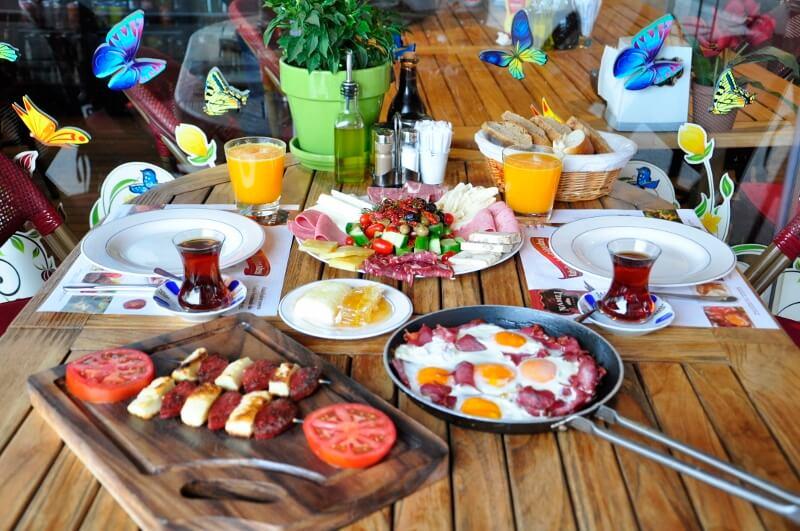 karaköy kahvaltı ile ilgili görsel sonucu