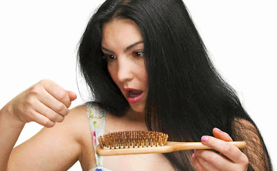 Cara Merawat Rambut Rontok secara Alami