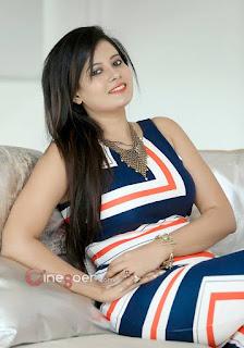 beautiful indian women pic, cute women pic, cute indian acress photo