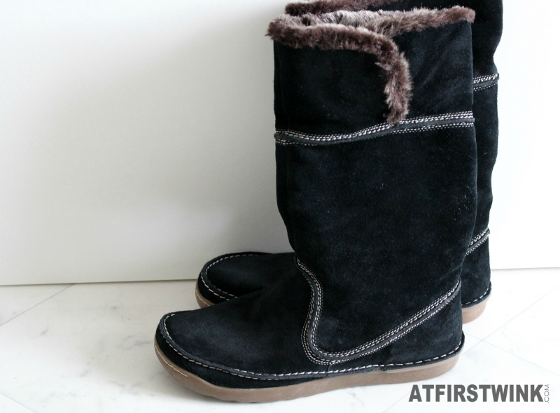 Bought at TK Maxx Rotterdam: Clarks Nettle Ice Black Suede Boots fur for just €9