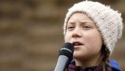 Convocados por Greta Thunberg jóvenes del mundo unidos clamando por el futuro del planeta