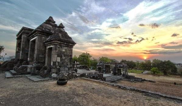 Istana Ratu Boko, Istana Tempat Menyepi