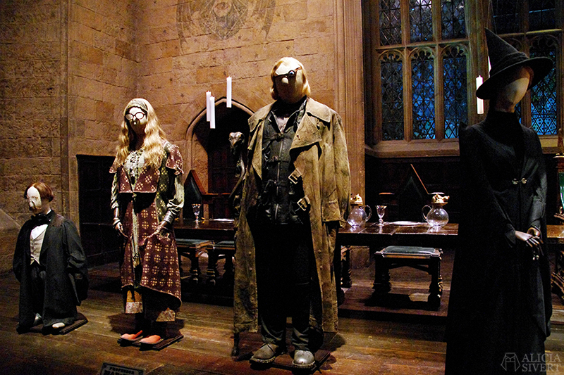 aliciasivert alicia sivert sivertsson harry potter hogwarts leavesden london england warner brothers studio tour the making of gryffindor slytherin hufflepuff ravenclaw film films movie movies the great hall den stora salen lärarna lärare teatchers Flitwick, Trelawney and Mad-Eye Moody