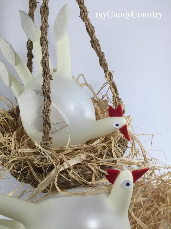 Riciclare guanti in lattice e creare galline pasquali fai-da-te. home decor Pasqua fai da te plastica Riciclo Creativo