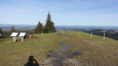 Bike mit Weitblick ins Luzernische