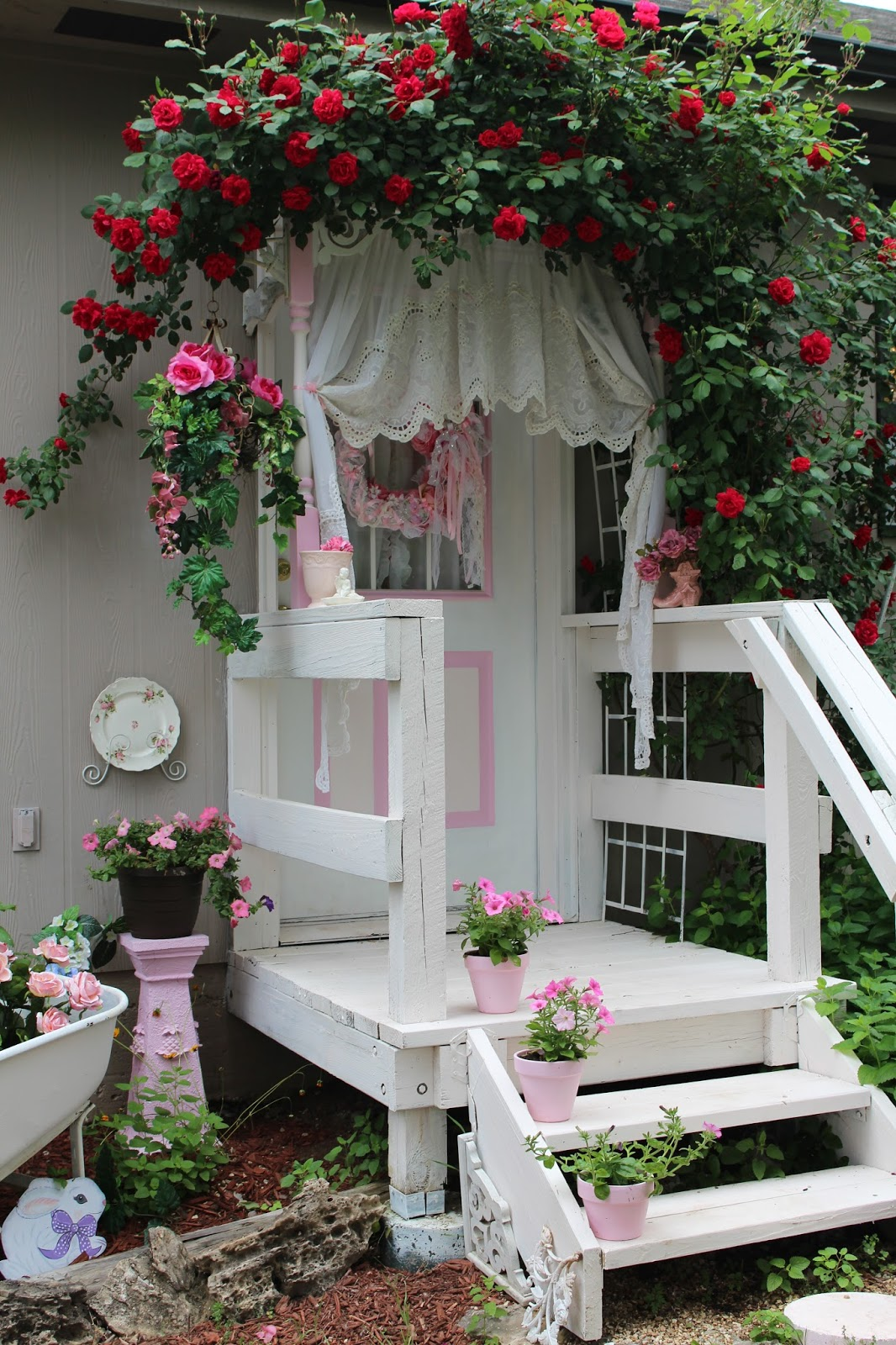 Olivia's Romantic Home: Shabby Chic Garden