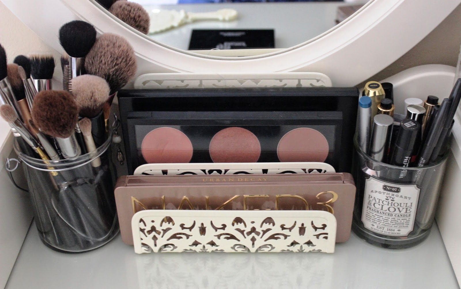 Beauty Amp Le Chic Make Up Palette Storage