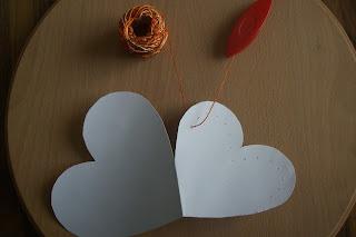 Greeting card with tatting decoration - Biglietto d'auguri con decorazione a chiacchierino