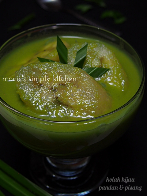 resep sederhana kolak hijau pisang