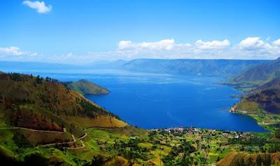 keindahan tempat wisata danau toba di medan