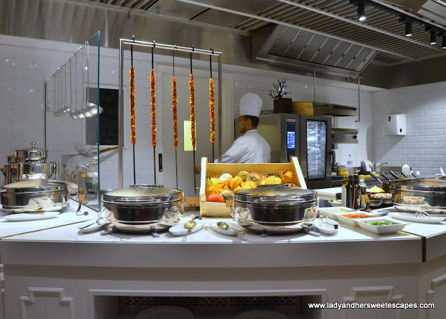 live kitchen at Al Dawaar Revolving Restaurant