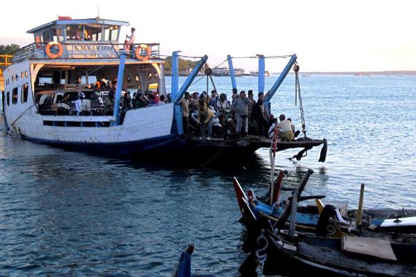 Wisata Religi Empat Kabupaten di Madura