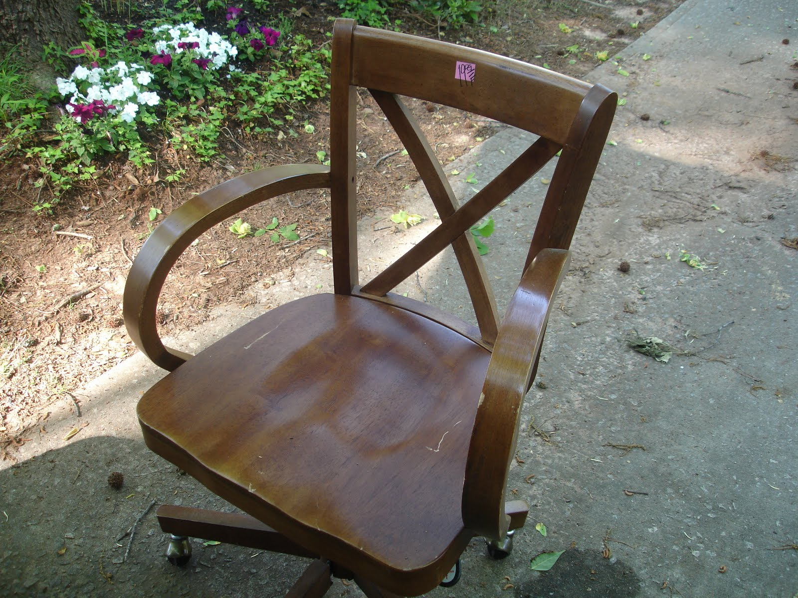 Wood Bankers Chair Don 39t Disturb This Groove Wood Banker 39s Chair