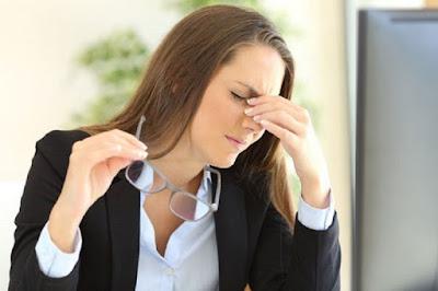 5 Cara Simpel Atasi Mata Lelah