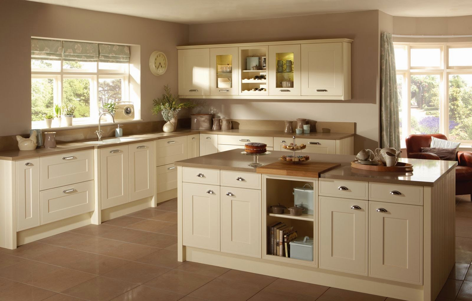 cream kitchen what colour tiles id 233 e pour r 233 nover cuisine rustique 8500
