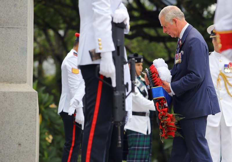 Prince Charles and Duchess Camilla at the Cenotaph war memorial in Singapore October 31, 2017.