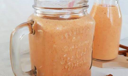 Torta di carote in bottiglia